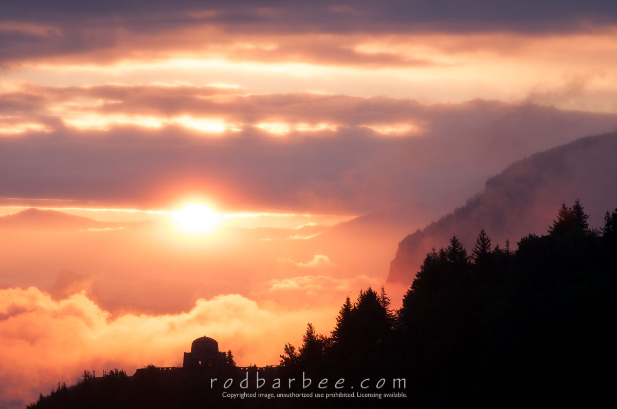 Barbee_130516_3_1448 |  Sunrise on Crown Point, columbia River Gorge